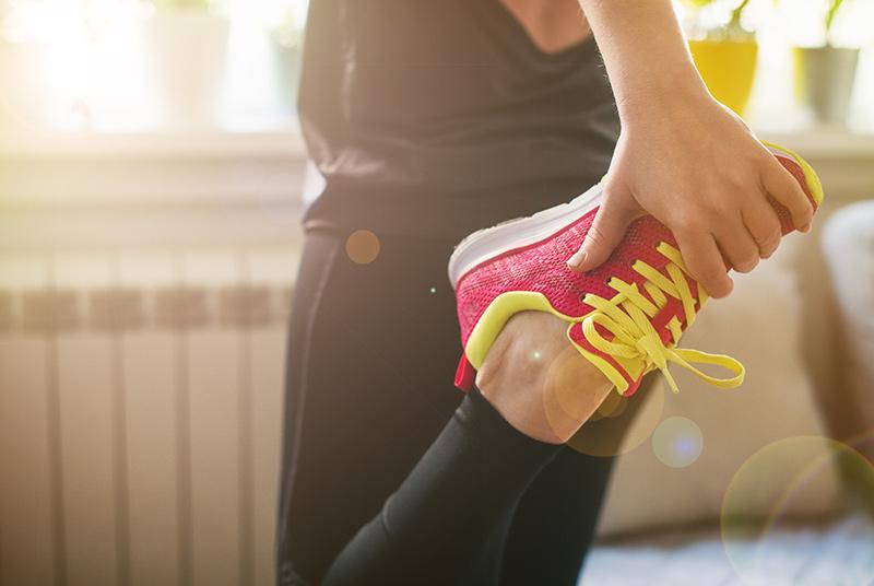 ejercicios de estiramiento matutino en casa