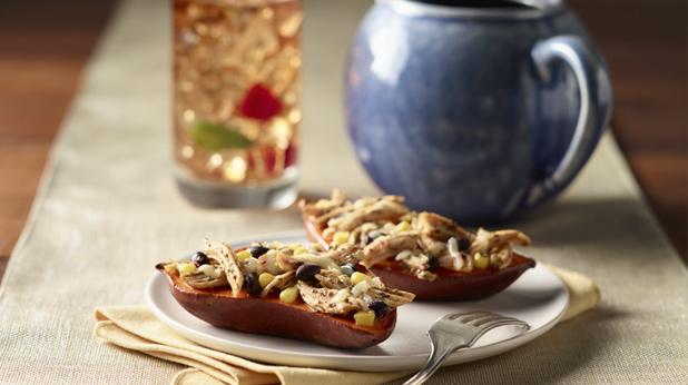 Pollo chipotle con batatas rellenas