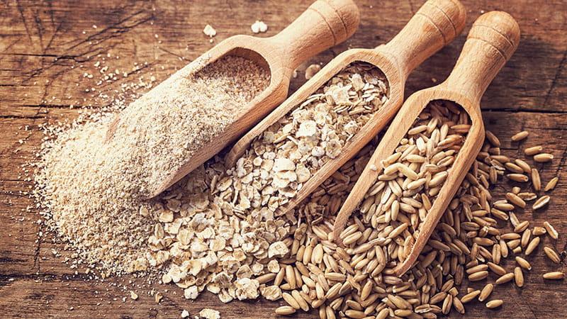 tazas de cereales integrales crudos