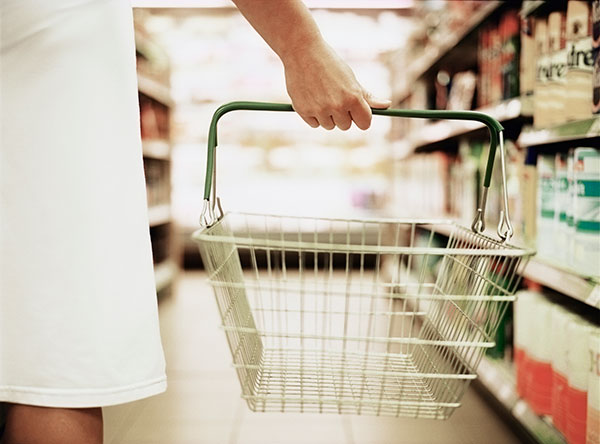 Registered Dietitian or Nutritionist grocery shopping
